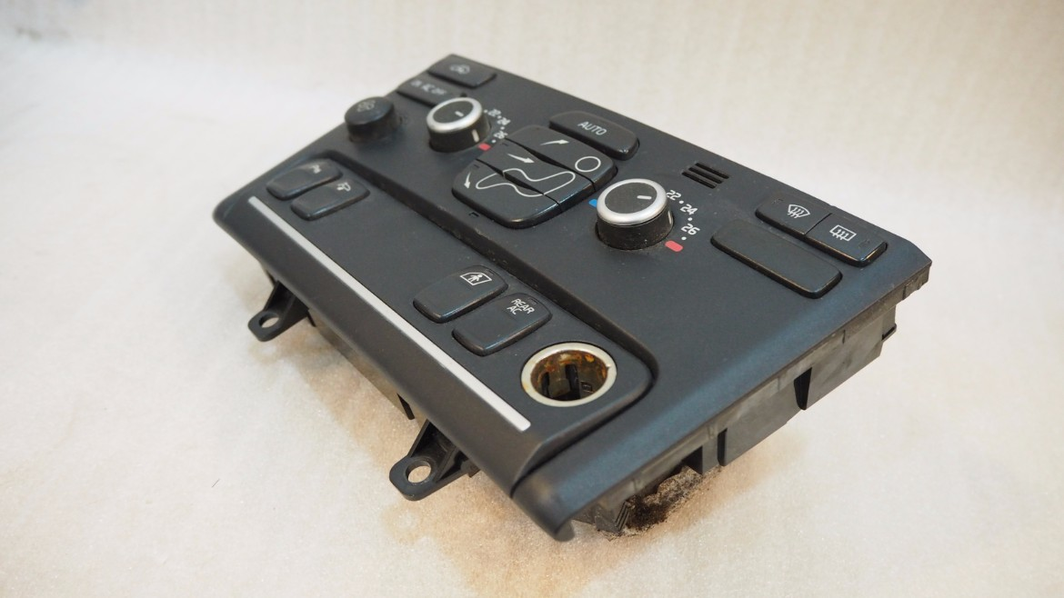 VOLVO XC90 CLIMATE HEATER A/C CONTROL PANEL WITH HEATED